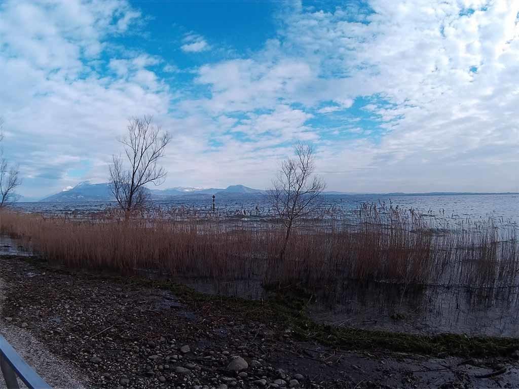 Photo taken with M10. Garda Lake, Sirmione Italy.