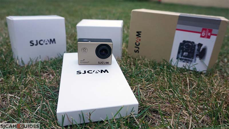 New SJ4000+ provides much better packing, with everything being packed in 3 mini-boxes.